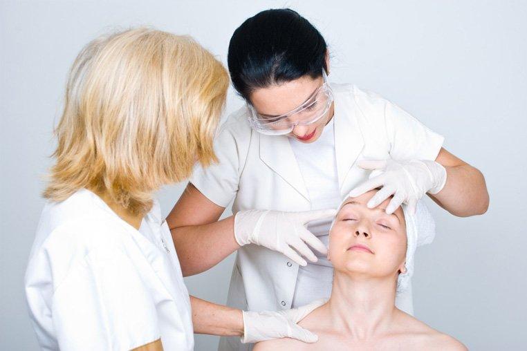 Удаление липомы на лице лазером и другими методами