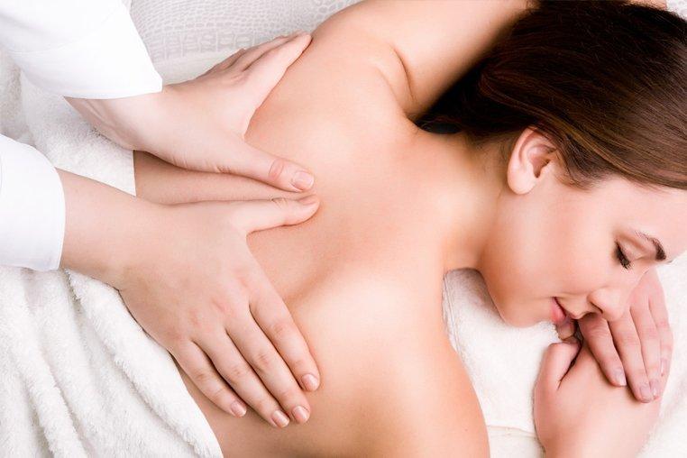 Как правильно сделать массаж позвоночника при остеохондрозе thumbnail