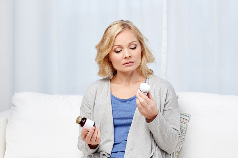 Как понизить давление в домашних условиях срочно без таблеток: 9 эффективных способов, как понизить давление без вреда для здоровья