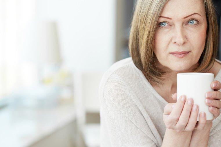 Климактерический период (менопаузальный): во сколько лет начинается (симптомы, стадии)