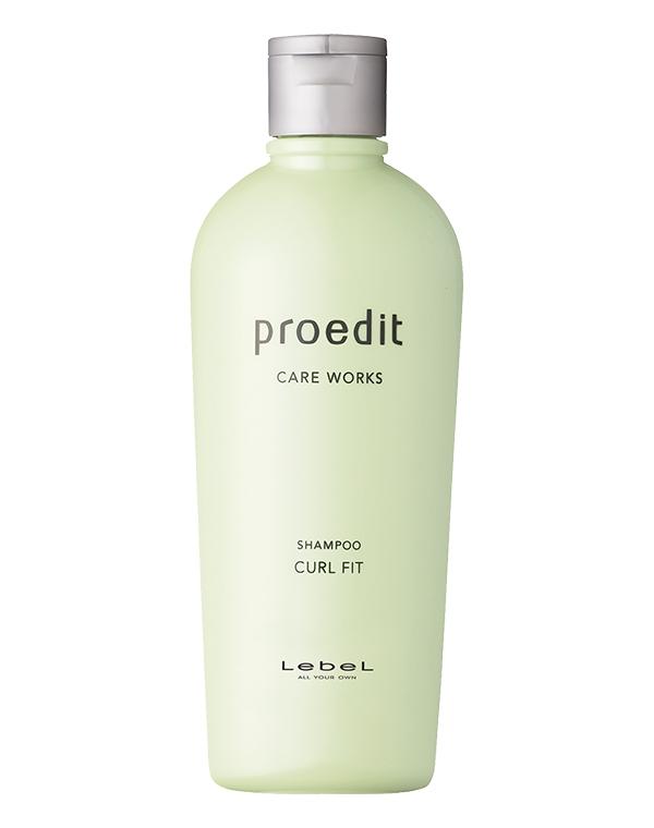 Шампунь LebelШампуни для сухих волос<br>Интенсивное разглаживание  и увлажнение волнистых и непослушных волос.<br><br>Бренды: Lebel<br>Вид товара: Шампунь<br>Область ухода: Волосы<br>Назначение: Восстановление и защита<br>Тип кожи, волос: Осветленные, мелированные, Окрашенные, Сухие, поврежденные, Нормальные<br>Косметическая линия: Линия Proedit Home charge для домашнего ухода и восстановления поврежденной структуры волос