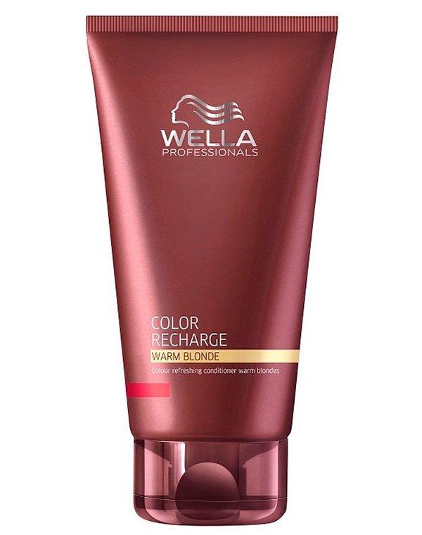 Бальзам для освежения цвета теплых светлых оттенков WellaБальзамы для окрашеных волос<br>Бальзам для ухода за окрашенными волосами цвета блонд сохраняет цвет, ухаживает за волосами.<br><br>Бренды: Wella Professional<br>Вид товара: Кондиционер, бальзам<br>Область ухода: Волосы<br>Назначение: Защита цвета, Тонирование<br>Тип кожи, волос: Окрашенные<br>Косметическая линия: Линия Wella Color Recharge оттеночная для волос