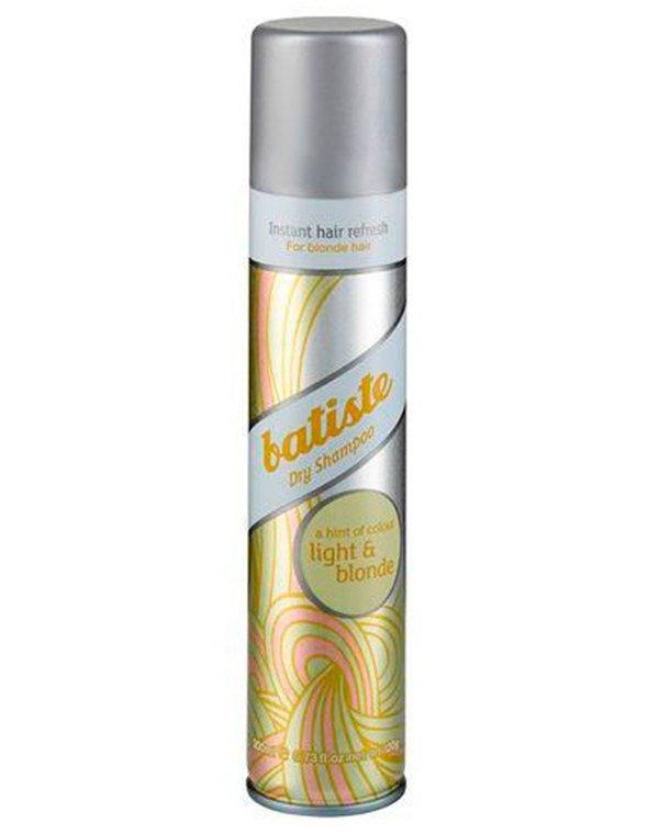 Шампунь BatisteСухой шампунь<br>Средство разработано специально для блондинок! При этом совершенно неважно натуральные или окрашенные локоны!<br><br>Бренды: Batiste<br>Вид товара: Шампунь<br>Область ухода: Волосы<br>Назначение: Стайлинг, Тонирование, Очищение волос<br>Тип кожи, волос: Осветленные, мелированные, Окрашенные, Вьющиеся, Сухие, поврежденные, Жирные, Нормальные, Тонкие<br>Косметическая линия: Линия Dry shampoo plus - специальные шампуни