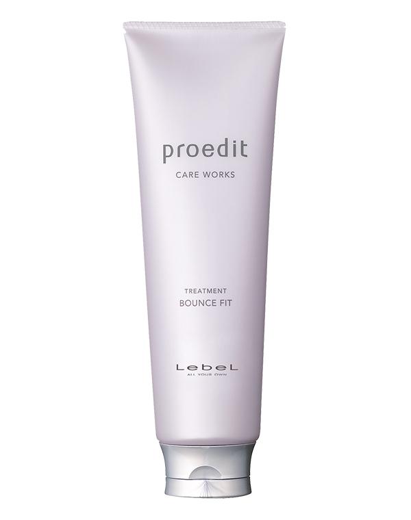 Маска для волос LebelМаски для сухих волос<br>Восстанавливающая маска для поврежденных и уставших волос. Возвращает блеск и жизненную силу.<br><br>Бренды: Lebel<br>Вид товара: Маска для волос<br>Область ухода: Волосы<br>Назначение: Восстановление и защита<br>Тип кожи, волос: Осветленные, мелированные, Окрашенные, Сухие, поврежденные<br>Косметическая линия: Линия Proedit Home charge для домашнего ухода и восстановления поврежденной структуры волос<br>Объем мл: 600