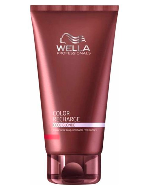 Бальзам для освежения цвета холодных светлых оттенков WellaБальзамы для окрашеных волос<br>Бальзам освежает цвет волос оттенка блонд, ухаживает и защищает от термовоздействия.<br><br>Бренды: Wella Professional<br>Вид товара: Кондиционер, бальзам<br>Область ухода: Волосы<br>Назначение: Защита цвета, Тонирование<br>Тип кожи, волос: Окрашенные, Осветленные, мелированные<br>Косметическая линия: Линия Wella Color Recharge оттеночная для волос