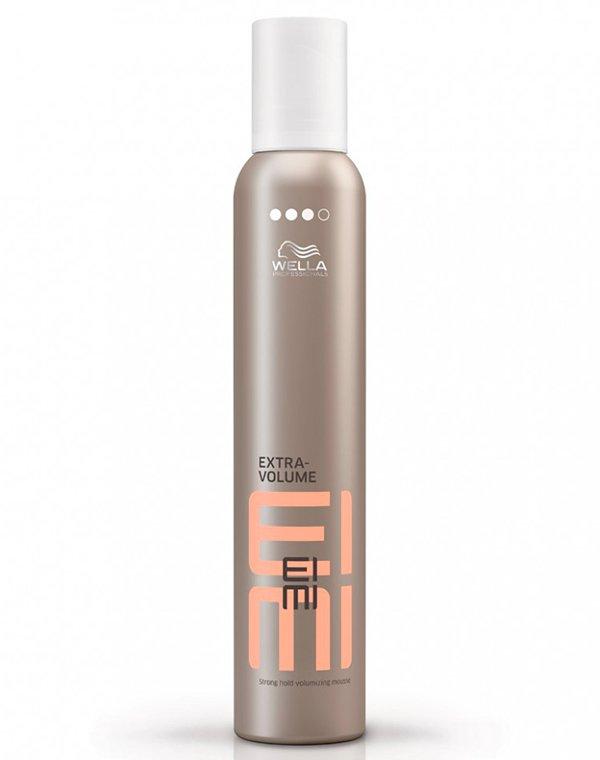 Пена для укладки сильной фиксации Extra Volume WellaСредства для укладки волос<br>Пена помогает создать объемные локоны, без утяжеления. Надежная фиксация укладки на весь день.<br><br>Бренды: Wella Professional<br>Вид товара: Спрей, мусс<br>Область ухода: Волосы<br>Назначение: Стайлинг<br>Тип кожи, волос: Осветленные, мелированные, Окрашенные, Вьющиеся, Сухие, поврежденные, Нормальные, Тонкие<br>Косметическая линия: Линия Wella Eimi стайлинга