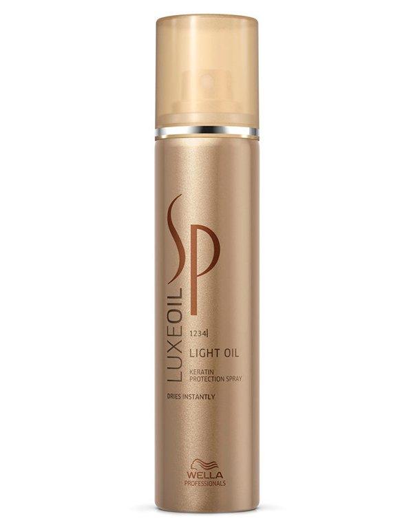 Спрей для восстановления кератина Luxeoil Light Oil Keratin Protection Wella SPБальзамы для окрашеных волос<br>Сухое масло завершит процесс укладки, наполнив прическу ослепительным блеском.<br><br>Бренды: Wella System Professional<br>Вид товара: Кондиционер, бальзам, Несмываемый уход, защита, Спрей, мусс<br>Область ухода: Волосы<br>Назначение: Восстановление и защита<br>Тип кожи, волос: Осветленные, мелированные, Окрашенные, Сухие, поврежденные, Нормальные, Тонкие<br>Косметическая линия: Линия SP LuxeOil восстановления и защиты кератина
