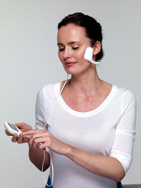 Аппарат миостимулятор для омоложения кожи лица и безоперационного лифтинга Slendertone FACE Созвездие Красоты 19423.000