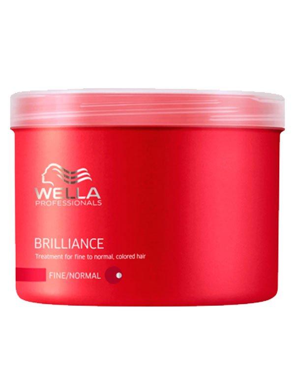 Маска для окрашенных нормальных и тонких волос WellaМаски для окрашеных волос<br>Маска нормализует водный баланс, обеспечивает защиту волос, делает их более мягкими.<br><br>Бренды: Wella Professional<br>Вид товара: Маска для волос<br>Область ухода: Волосы<br>Назначение: Увлажнение и питание, Защита цвета<br>Тип кожи, волос: Осветленные, мелированные, Окрашенные, Нормальные, Тонкие<br>Косметическая линия: Линия Wella Brilliance Line для окрашенных волос