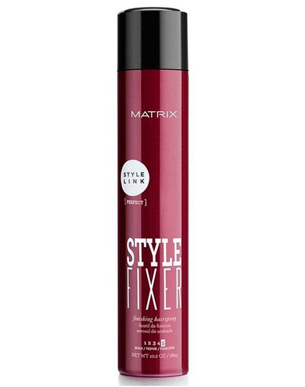 Лак-спрей финишный Style Fixer MatrixЛак для волос<br>Финишный лак спрей для сверхсильной фиксации причесок. Позволяет надолго зафиксировать пряди без эффекта утяжеления и склеивания. Обладает сухими нанесением, защищает волосы от влаги.<br><br>Бренды: Matrix<br>Вид товара: Спрей, мусс<br>Область ухода: Волосы<br>Назначение: Стайлинг<br>Тип кожи, волос: Осветленные, мелированные, Окрашенные, Вьющиеся, Сухая, Сухие, поврежденные, Жирные, Жирная и комбинированная, Нормальная, Нормальные, Тонкие<br>Косметическая линия: Линия StyleLink для укладки волос