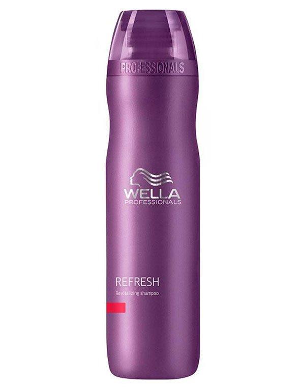 Стимулирующий шампунь WellaШампуни для сухих волос<br>Стимулирующий шампунь для ослабленных волос. Возвращаем волосам жизненный тонус и блеск.<br><br>Бренды: Wella Professional<br>Вид товара: Шампунь<br>Область ухода: Волосы<br>Назначение: От выпадения волос, Стимуляция роста<br>Тип кожи, волос: Осветленные, мелированные, Окрашенные, Вьющиеся, Сухие, поврежденные, Жирные, Нормальные, Тонкие<br>Косметическая линия: Линия Wella Balance Line для решения проблем кожи головы
