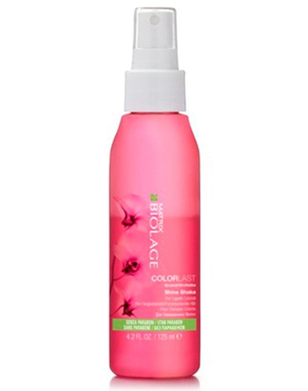 Спрей-блеск несмываемый Biolage Colorlast Shine Shake MatrixБальзамы для окрашеных волос<br>Легкий несмываемый спрей для придания бриллиантового сияния волосам. Защищает цвет от вымывания, восстанавливает структуру волоса.<br><br>Бренды: Matrix<br>Вид товара: Несмываемый уход, защита<br>Область ухода: Волосы<br>Назначение: Увлажнение и питание, Защита цвета<br>Тип кожи, волос: Осветленные, мелированные, Окрашенные, Сухие, поврежденные<br>Косметическая линия: Линия Biolage Colorlast для окрашенных волос