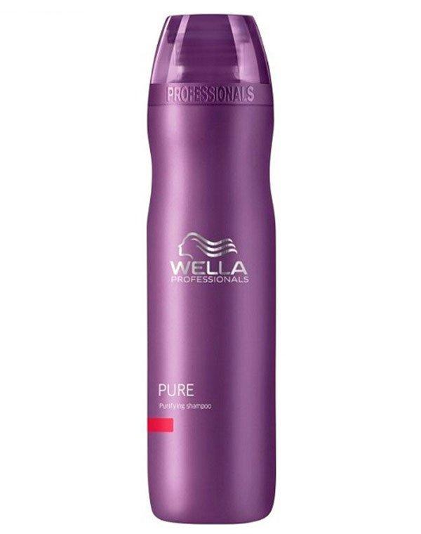 Шампунь очищающий WellaШампуни для лечения волос<br>Очищающий шампунь для истонченных волос. Смягчает волосы, делает их шелковистыми.<br><br>Бренды: Wella Professional<br>Вид товара: Шампунь<br>Область ухода: Волосы<br>Назначение: Очищение волос<br>Тип кожи, волос: Осветленные, мелированные, Окрашенные, Вьющиеся, Сухие, поврежденные, Жирные, Нормальные, Тонкие<br>Косметическая линия: Линия Wella Balance Line для решения проблем кожи головы