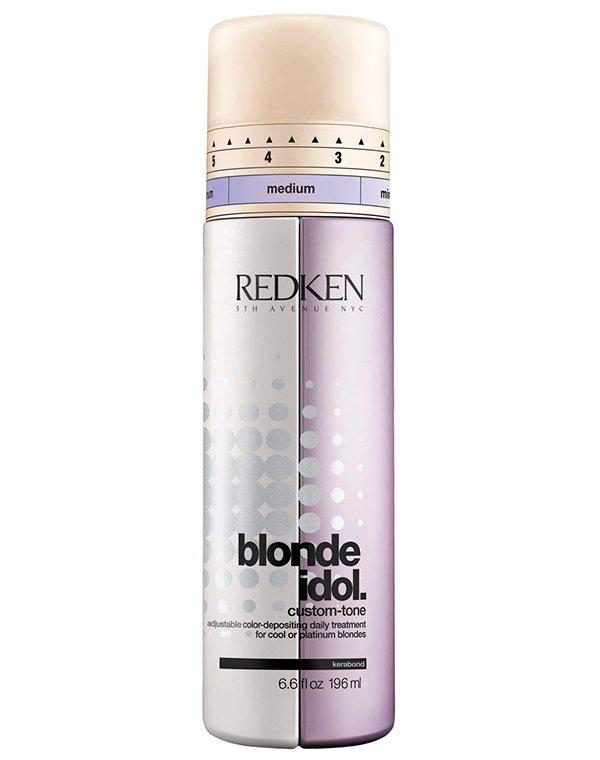 Фиолетовый кондиционер Blonde Idol для холодных оттенков RedkenБальзамы для окрашеных волос<br>Поддержать холодные оттенки между циклами окрашивания поможет двухфазный кондиционер с нейтрализующим действием. Препарат создан исключительно для блондинок!<br><br>Бренды: Redken<br>Вид товара: Кондиционер, бальзам<br>Область ухода: Волосы<br>Назначение: Увлажнение и питание, Защита цвета<br>Тип кожи, волос: Осветленные, мелированные<br>Косметическая линия: Линия Blonde Idol для светлых волос