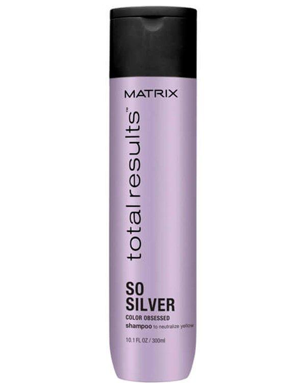 Шампунь нейтрализующий желтый оттенок Color Obsessed So Silver MatrixШампуни для окрашеных волос<br>Шампунь для ухода за осветленными волосами. Нейтрализует желтый цвет, придает волосам холодный оттенок. После использования волосы приобретают мягкость и естественный блеск.<br><br>Бренды: Matrix<br>Вид товара: Шампунь<br>Область ухода: Волосы<br>Назначение: Защита цвета, Тонирование<br>Тип кожи, волос: Осветленные, мелированные, Окрашенные, Сухие, поврежденные<br>Косметическая линия: Линия Total Results Color Obsessed для окрашенных волос с антиоксидантами<br>Объем мл: 300