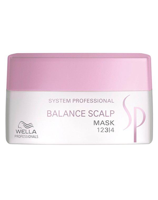 Маска для чувствительной кожи головы Balance Scalp Mask Wella SPМаска позаботится о чувствительной коже благодаря наличию ценного микса веществ.<br><br>Бренды: Wella System Professional<br>Вид товара: Маска для волос<br>Область ухода: Голова, Волосы<br>Назначение: Восстановление волос<br>Тип кожи, волос: Осветленные, мелированные, Окрашенные, Вьющиеся, Сухие, поврежденные, Жирные, Нормальные, Чувствительная, Тонкие<br>Косметическая линия: Линия SP Balance Scalp для чувствительной кожи головы и укреплепления волос