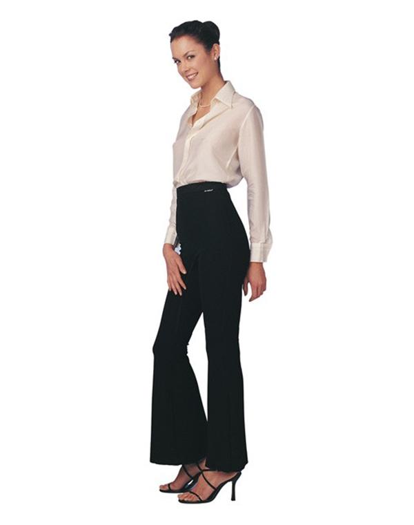 Белье TURBO CELLСредства от целлюлита<br>Элегантные брюки из трехслойного материала с эффектом сауны для снижения лишнего веса, борьбы с целлюлитом, коррекции линии бедер. Клёш, высокая талия.&amp;lt;br /&amp;gt;<br><br>Бренды: TURBO CELL<br>Вид товара: Белье<br>Область ухода: Бедра и ягодицы, Ноги, Талия и живот<br>Назначение: Похудение, снижение веса, Антицеллюлитное, Коррекция фигуры<br>Размер RU: 48-50<br>Цвет: Черный