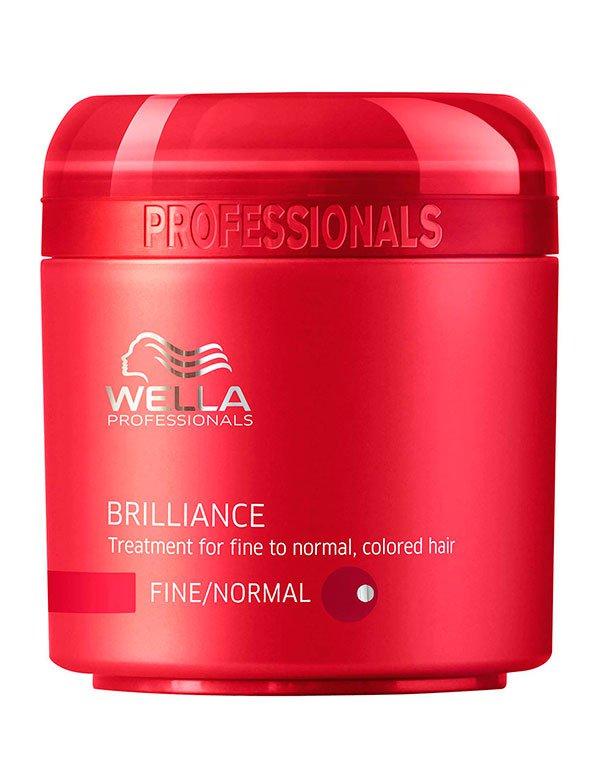 Крем-маска для окрашенных нормальных и тонких волос WellaМаски для окрашеных волос<br>Крем маска восстанавливает нормальный уровень влаги, способствует росту волос.<br><br>Бренды: Wella Professional<br>Вид товара: Крем, Маска для волос<br>Область ухода: Волосы<br>Назначение: Увлажнение и питание, Защита цвета<br>Тип кожи, волос: Осветленные, мелированные, Окрашенные, Нормальные<br>Косметическая линия: Линия Wella Brilliance Line для окрашенных волос