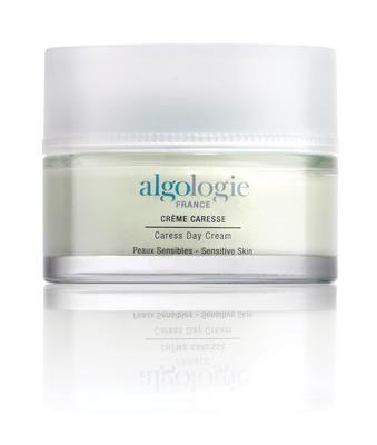 Крем ALGOLOGIEУвлажняющий крем<br>Эмульсия для чувствительной кожи восстанавливает гидролипидную мантию кожи, защищает от воздействия факторов окружающей среды, улучшает...<br><br>Бренды: ALGOLOGIE<br>Вид товара: Крем<br>Область ухода: Лицо, Шея и подбородок<br>Назначение: Коррекция морщин и лифтинг, Ежедневный уход, Успокаивающее, Восстановление и защита<br>Тип кожи, волос: Увядающая, Чувствительная, С куперозом<br>Возрастная группа: Более 40, До 30, До 40